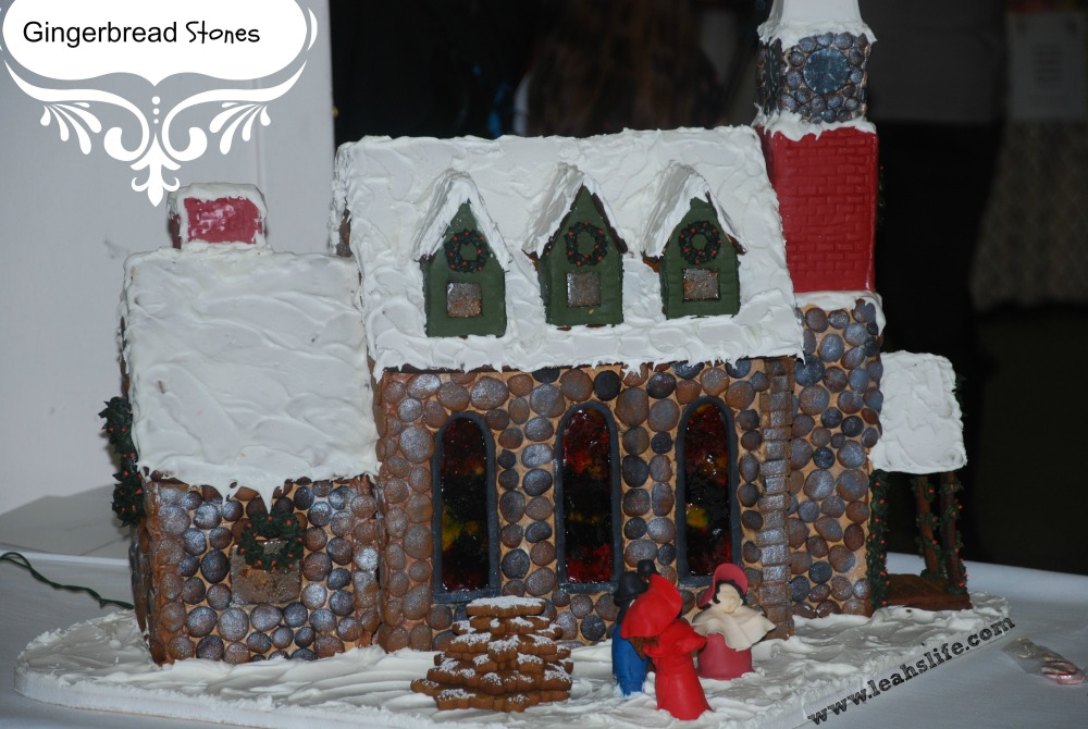 Over the Gelatin River & Through the Chocolate Woods: Gingerbread Houses (5/6)