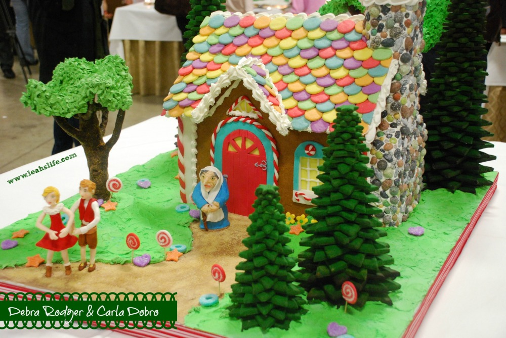 Over the Gelatin River & Through the Chocolate Woods: Gingerbread Houses (3/6)