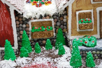 This is just a peek at the gorgeous barn and Christmas Tree farm made by The Masonry Doctors out of Ipswich, MA who won Best in Show.
