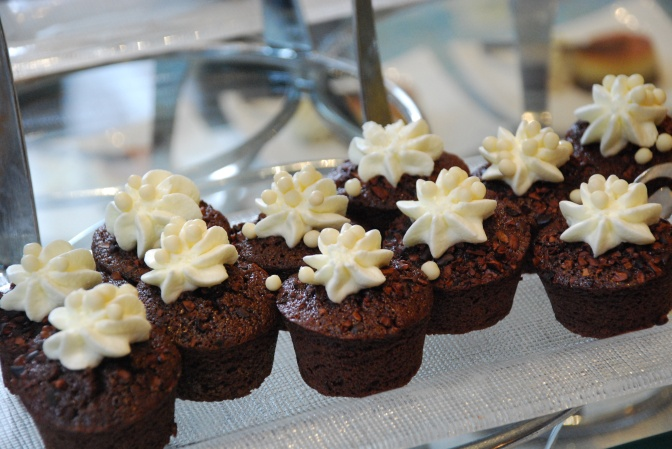 Perfect little chocolate cakes.