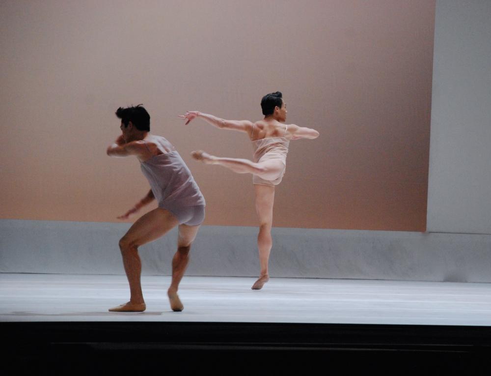 Shades of Sound: Boston Ballet Explores Shape, Light, Sound & Form in Chroma (3/6)