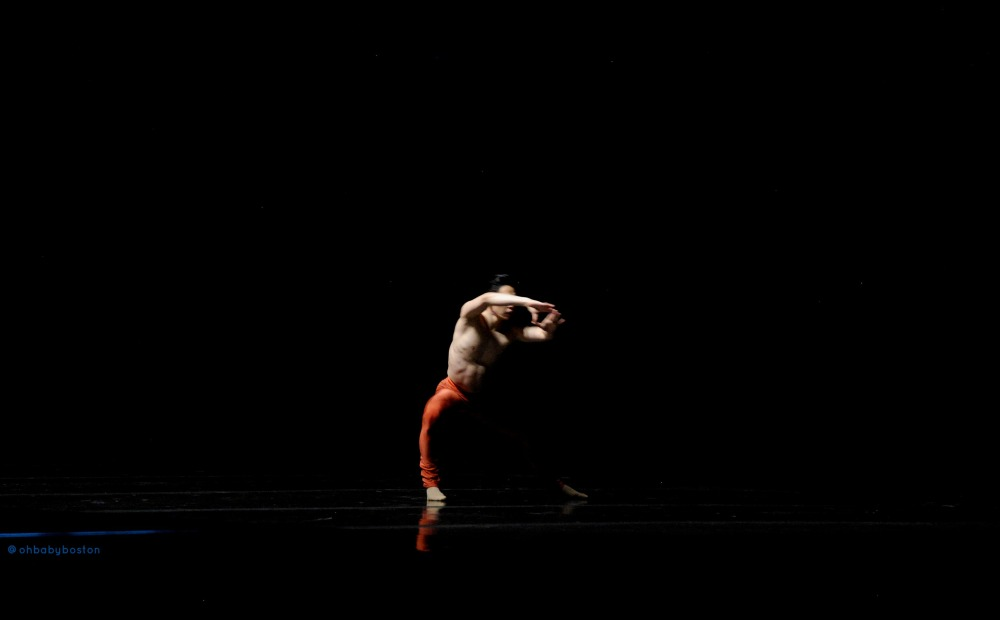 You've Got A Fremd in Me: Choreographer Jeffrey Cirio Seamlessly Premieres in Thrill of Contact (2/6)