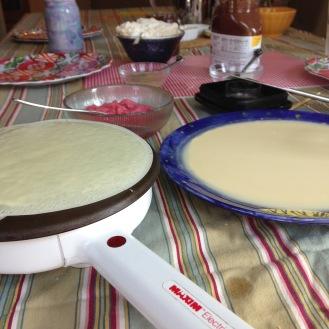 Making crêpes at home.